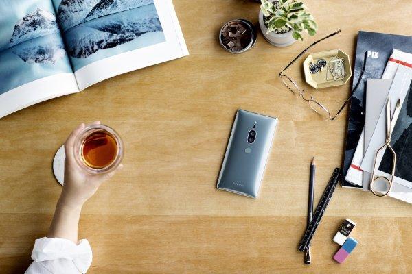 Sony Xperia XZ2 Premium получил экран 4K HDR идвойную камеру
