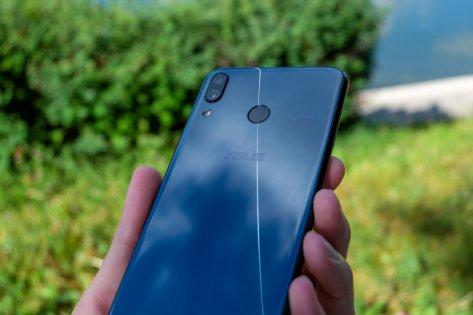 Обзор ASUS ZenFone 5— недорогой флагман — Внешний вид и комплектация. 7