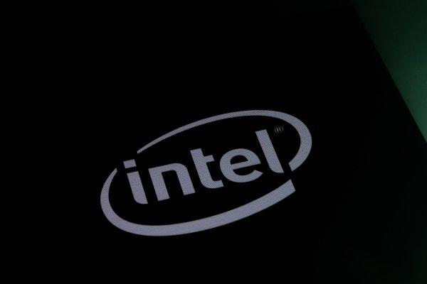 В процессорах Intel снова нашли уязвимости Spectre