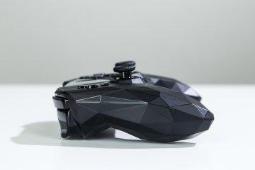 Nvidia Shield TV: облачный гейминг— новый уровень — Пульт управления и контроллер Shield. 9
