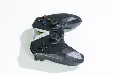 Nvidia Shield TV: облачный гейминг— новый уровень — Пульт управления и контроллер Shield. 8