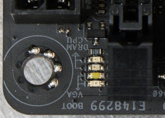 Обзор материнской платы ASUS ROG Strix X470-I Gaming — Внешний вид. 8