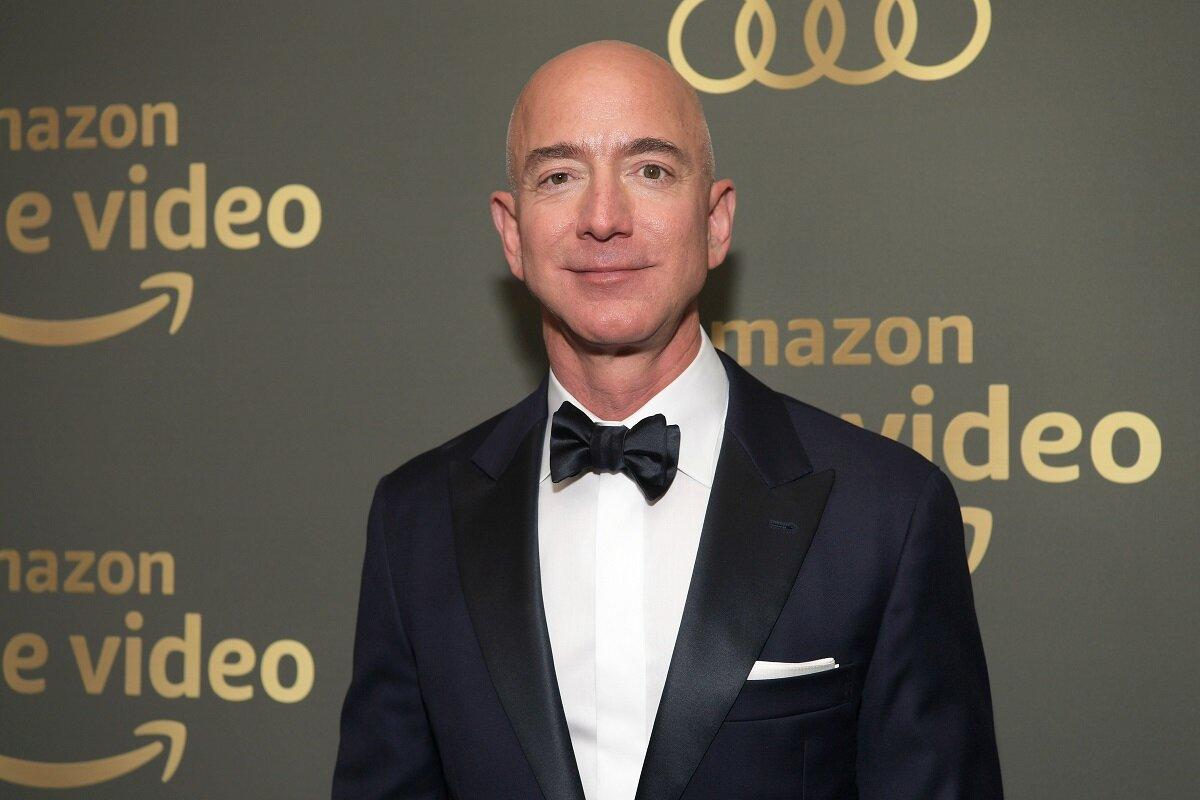 Джефф Безос покидает пост главы Amazon.