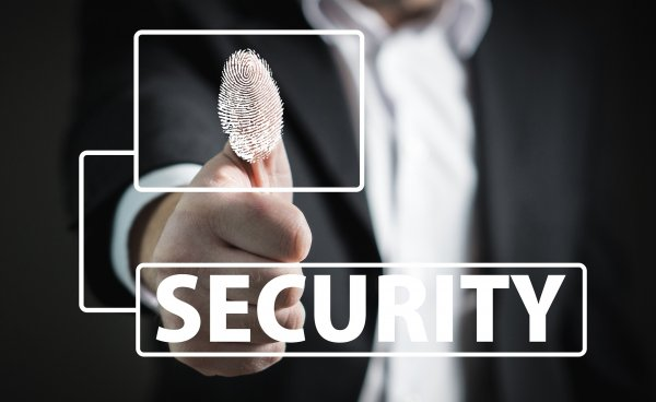 Защита смартфона припомощи отпечатков пальцев— как это работает?
